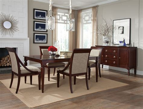 Formal Dining Room Set von furniture new traditions formal dining room set