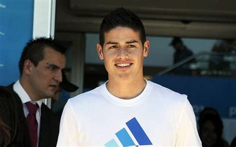 james rodriguez signs  real madrid inking   year