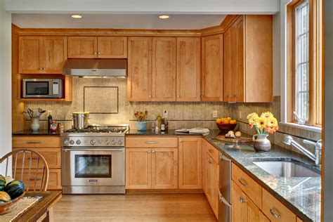 Kitchen With Maple Cabinets by Kitchen Paint Colors With Maple Cabinets Decor