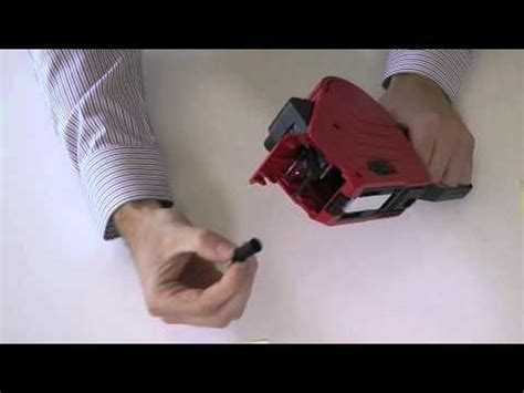Tag Gun 8s how to change the ink roller in primark p 16 label gun