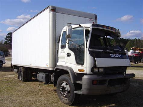 isuzu box truck isuzu trucks isuzu npr nrr truck parts busbee