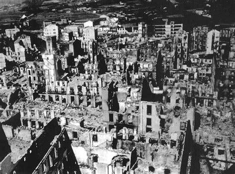la destruccin de guernica el bombardeo de guernica la factoria historica