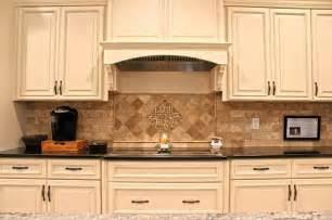 Kitchen Cabinets Backsplash Ideas » Home Design 2017