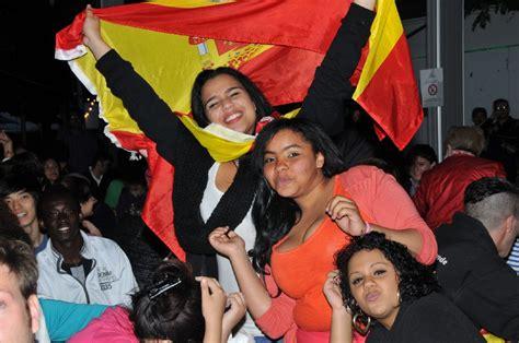 italiener stuttgart west em in stuttgart spanier jubeln die italiener sind
