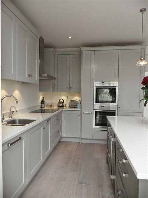 great best 25 gray kitchen cabinets ideas on pinterest gray kitchen walls with white cabinets top 25 best warm
