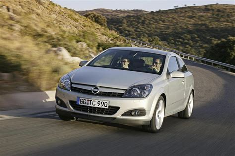 opel gtc 2007 2007 opel astra gtc picture 140629 car review top speed