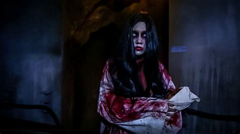 haunted doll singapore cheapest tickets for horror nights 6 at
