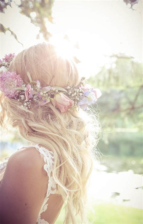 Vintage Wedding Hairstyles With Flower by Waves Updos And Buns 20 Best Wedding Hairstyles