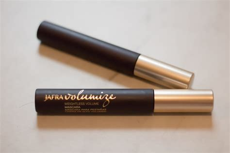 Eyeliner Jafra jafra cosmetics brand review swatches ambitious