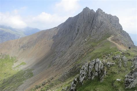 mount snowdon walk via crib goch ridge route snowdonia