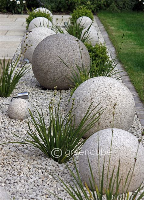 Landscape Pictures With Balls Greencube Garden And Landscape Design Uk Sculpture In