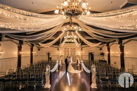 Best Portland Wedding Venues   Portland Wedding Lights