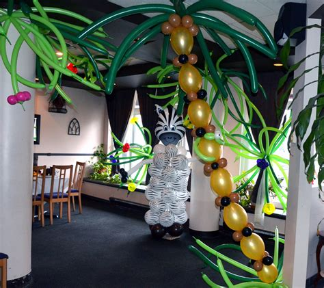 jungle theme decorating ideas balloon pictures balloon jungle
