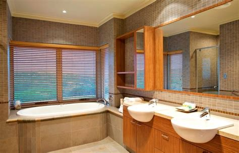blinds suitable for bathrooms pin by blinds by derrick sambrook on bathroom design ideas