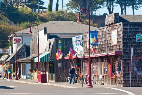 oregon coast and washington coast shopping feature stories