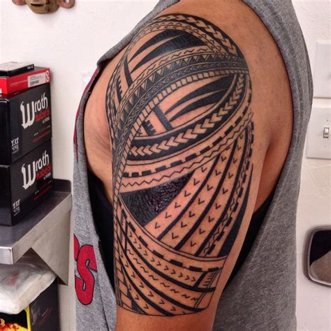 65 mysterious traditional tribal tattoos for men and