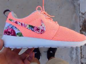 nike flower shoes shoes neon orange pink nike girly floral nike roshe run