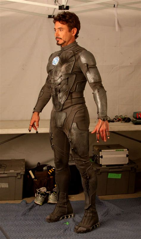 tony stark suits hey iron man fans what s this armor tony stark is wearing