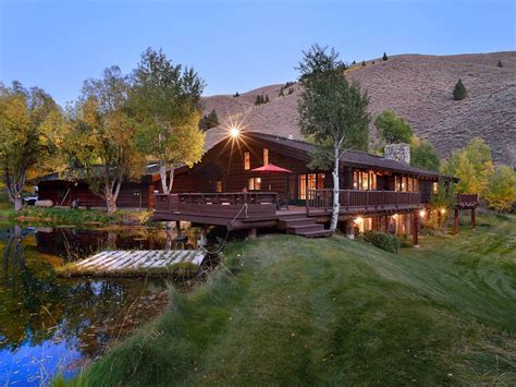 Log Cabin Retreats by Log Cabin Retreat Right In Sun Valley Vrbo