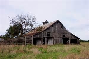 photographs of missouri barns