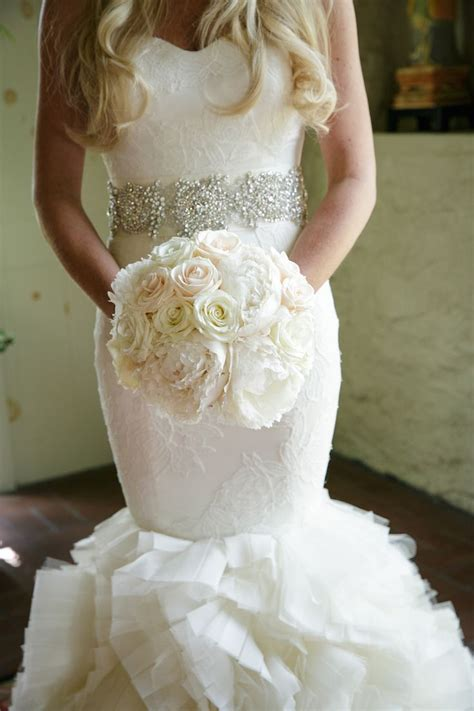 295 best WHITE Flowers images on Pinterest   Wedding color