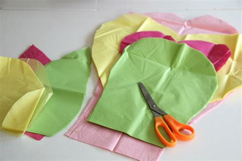 How To Make Small Flowers Out Of Tissue Paper - diy tissue paper flowers hgtv canada