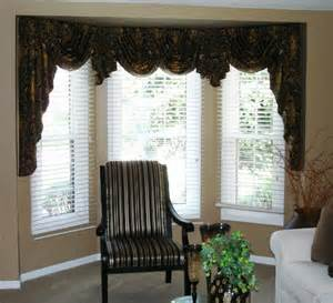 Swag Valances For Windows Designs Swags And Jabots In A Bay Window 187 Susan S Designs