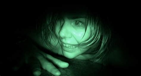 Quarter Fear Primadonna Angela fascination with fear 2013 claustrobic horror anxiety in tight quarters