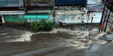 Vitamale Di Bandung drainase yang buruk picu banjir bandung gbi bethel