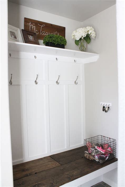ana white mudroom bench ana white mudroom bench diy projects