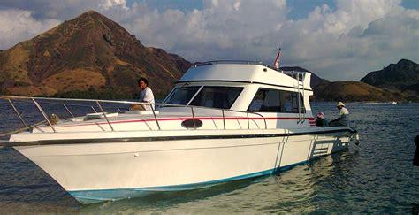 komodo rinca explore by speed boat komodo flores tour - Speed Boat From Labuan Bajo To Komodo Island