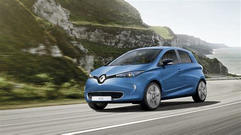 renault zoe renault zoe sets a new all time ev sales record push evs