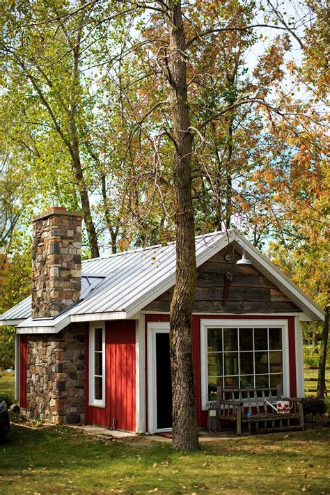 houses for r 25 best ideas about small cabins on pinterest tiny