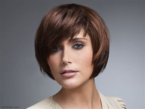 hairstyles cut medium hair smooth short hairstyle with a very short neck and