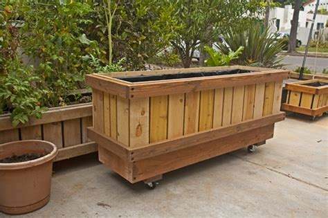 Planter Box With Wheels by 8 Best Images About Mp Pedestal Rolling Planters