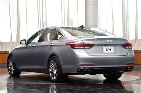 sofa hyundai administration 2015 hyundai genesis sedan first drive autoblog