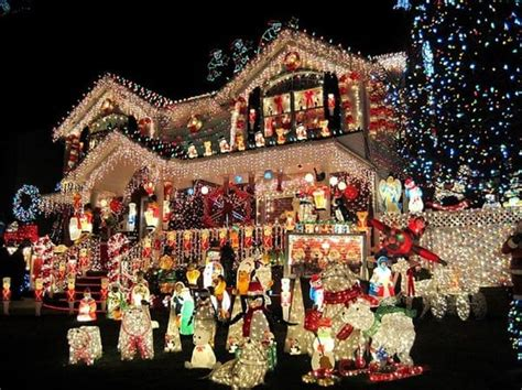 howmuch is too much for christas decorations 15 homes that taken decorations to another level
