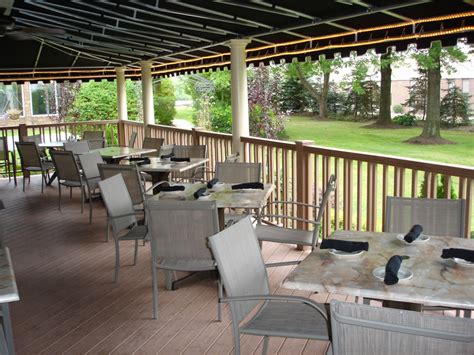 alfredo s patio now open alfredo s at the inn