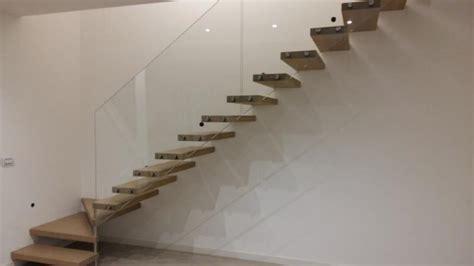 scala con ringhiera in vetro danieli scale legnaro venezia veneto
