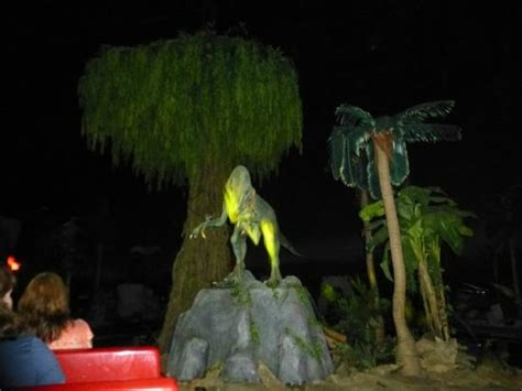 jurassic jungle boat ride in pigeon forge tennessee a creature picture of jurassic jungle boat ride pigeon