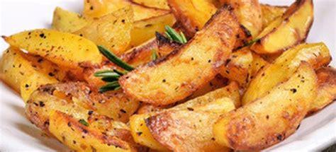 easy spicy potato wedges easy recipe depot