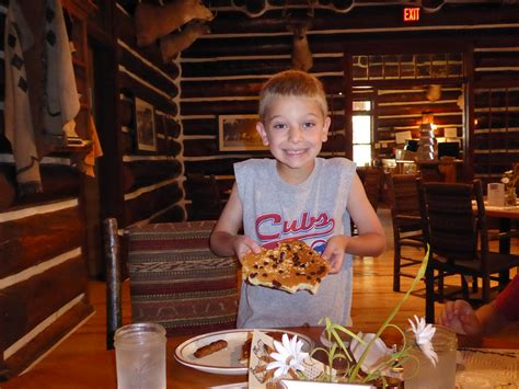 kid friendly dining in rapid city s d travelingmom