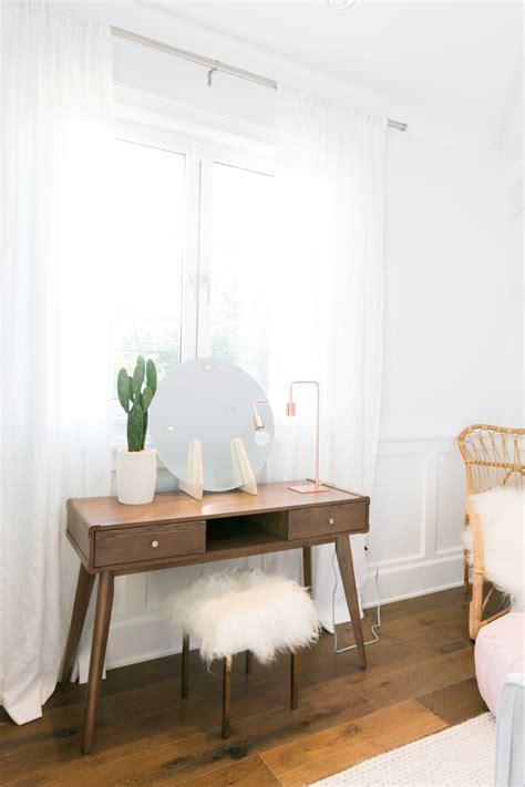 Diy Bedroom Makeover - mr kate palm springs pastel bedroom makeover for alisha marie