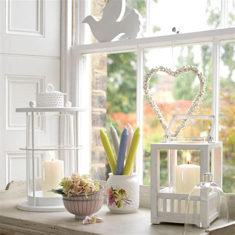 Windowsill Decoration Ideas how to decorate your window sills small kitchen design ideas