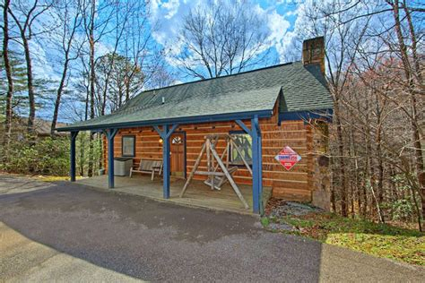 Pet Friendly Cabins Smokey Mountains by Gatlinburg Pet Friendly Cabin With Pool Access