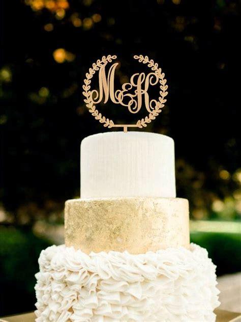 Monogram Wedding Cake Toppers by Best 25 Monogram Wedding Cakes Ideas On