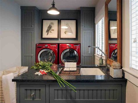 How To Decorate A Laundry Room Laundry Room In Garage Decorating Ideas Decor Ideasdecor Ideas
