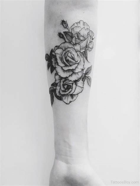 cold roses tattoo best 25 flower tattoos on arm ideas on