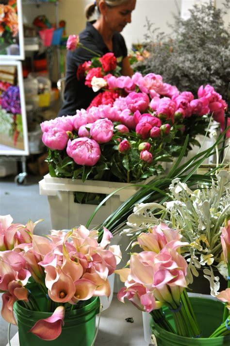 flower design classes los angeles los angeles flower district centerpieces best flowers