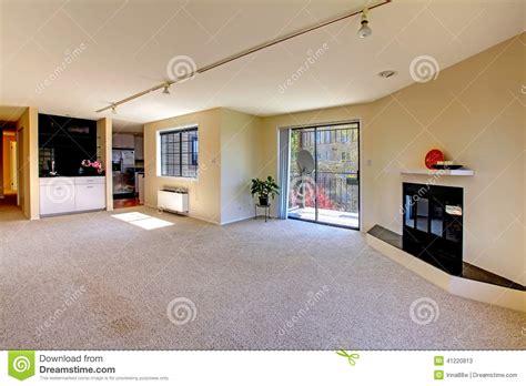 interior da casa planta baixa aberta quarto vazio foto